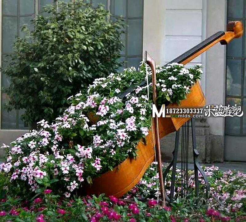 重庆玻璃钢花缸大提琴造型