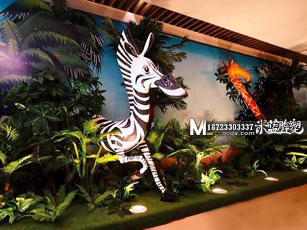 重庆商场玻璃钢雕塑卡通动物