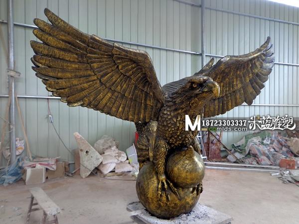 老鹰景观雕塑
