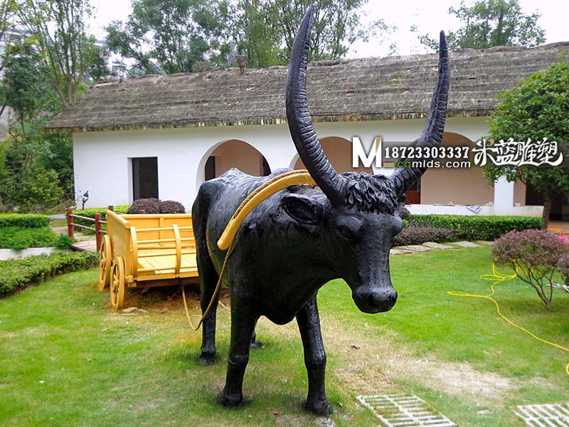 重庆水泥雕塑动物牛拉车