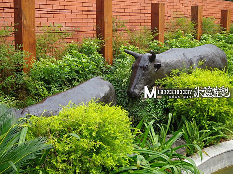 重庆水泥雕塑动物牛