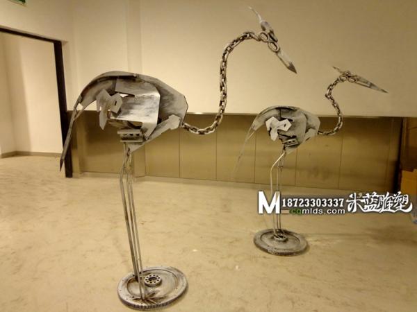 昆明铁艺铁皮雕塑金属鸟