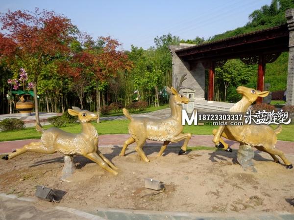 重庆水泥雕塑GRC动物雕塑鹿子